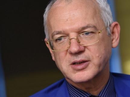 Васил Велев: България трябва да внесе 500 000 работници от чужбина